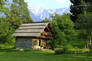 small-Austrian-cottage